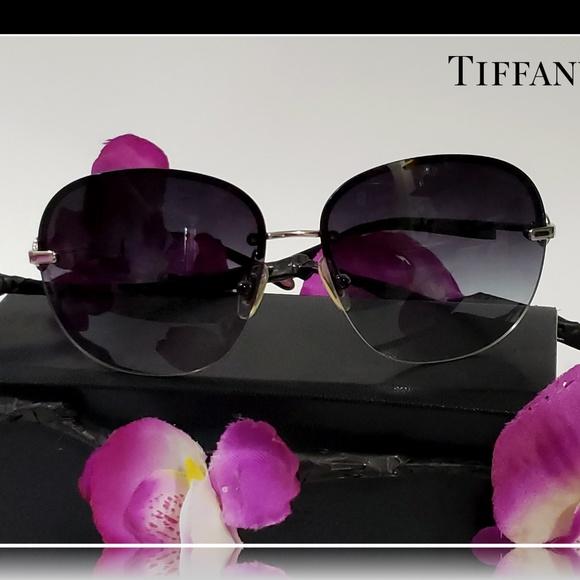 4fe99baaf15 AUTHENTIC TIFFANY   Co Black Sunglasses